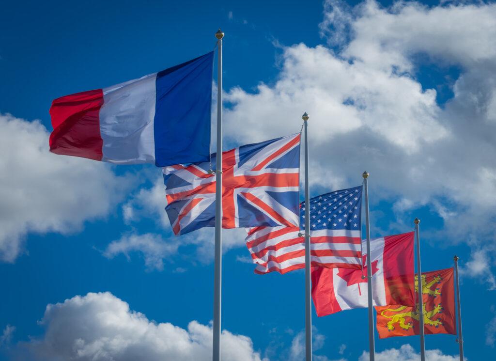Deutsch, Englisch oder Französisch: Mit dieser Praxis-Übersicht finden Sie bei Ihren Kunden garantiert die richtigen Worte